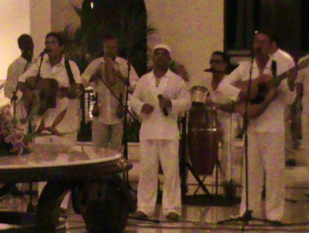 RH Salsa Band